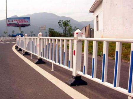 西宁锌钢护栏厂家-锌钢护栏的主要用途