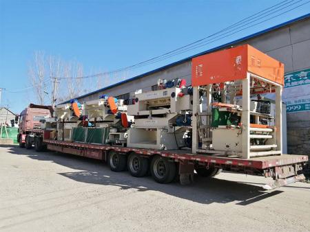 发往新疆喀什生产设备