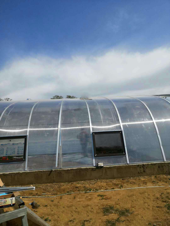 雨棚用沈陽耐力板和用玻璃的區別