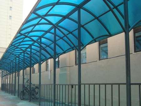 沈阳采光板和阳光板有什么不同?pc板材厂家教你快速分辨!
