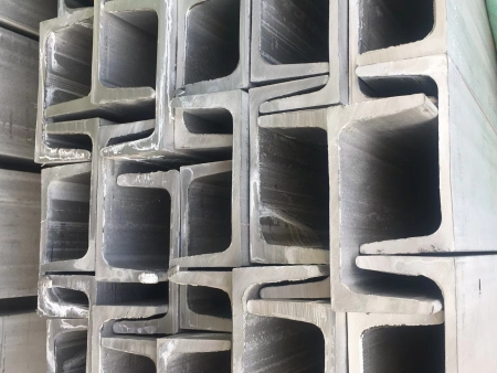 Output and production process of stainless steel pipe