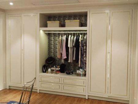 整體衣柜怎樣裝修好看