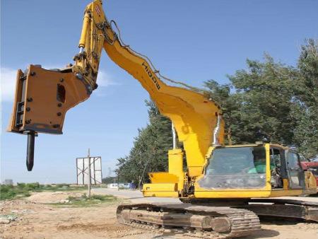 挖掘机出租-挖掘机长期停放需要注意什么呢?