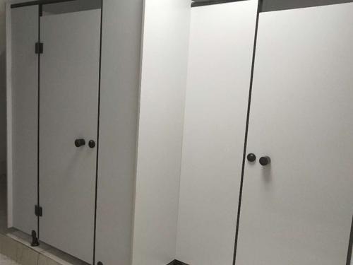PVC衛生間隔斷安裝