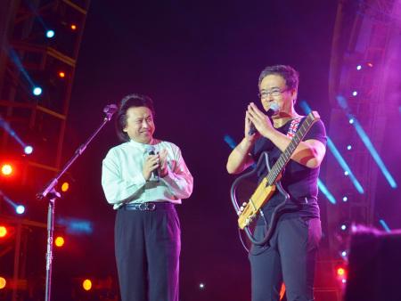 辽宁经典音乐广播FM95.9—葛巍民谣吉他专场公益演唱会
