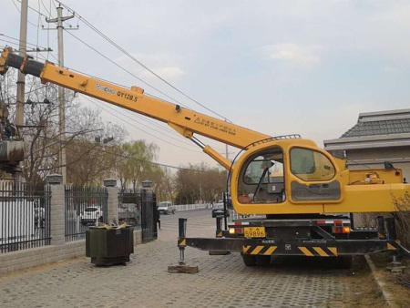 兰州吊车出租之设备吊装四步工作法你知道吗?