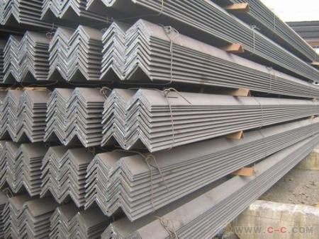 烟台角钢厂家带你快速了解角钢用途和性能?