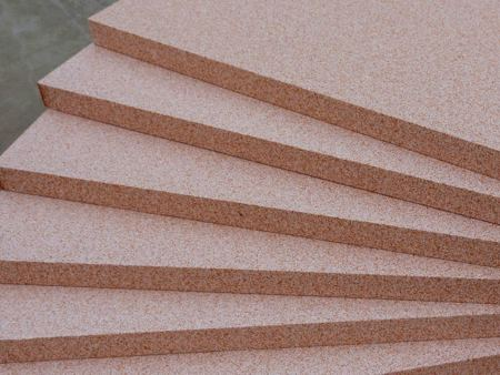 甘肃真金板表面涂层所具备的特征
