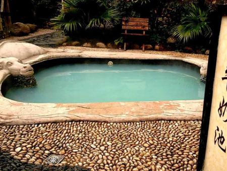 泳池设备厂家一个干净游泳池需要的泳池设备有哪些?泳池设备价格是多少?