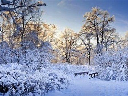 高旭太阳能热水器在冬天能不能使用呢?