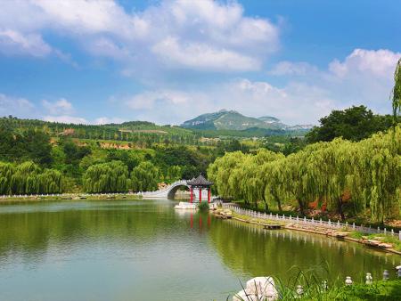 九龙峪景区成功创建为4A级景区