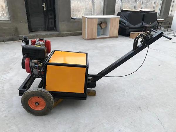 哈尔滨扫雪机对于配件润滑技术是怎样进行处理的