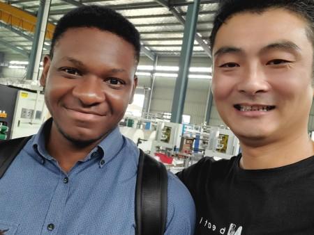 因疫原因,加纳客户让朋友来中国考察,签约