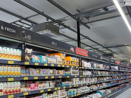 众派思商业设计分享   英国Aldi新概念超市设计