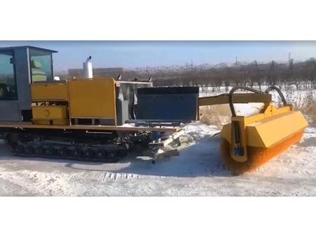 扫雪设备扫雪技术实拍