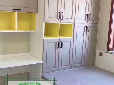 臥室衣柜什么材質好?