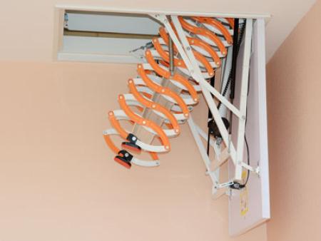 自动伸缩楼梯怎样安装才能让家里更舒适