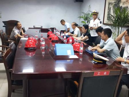 鹤壁市应急管理局副局长刘鹤玲到天宏钢构指导职业健康工作