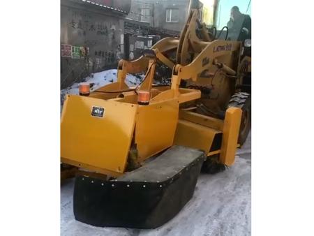 清雪设备维修处理方法