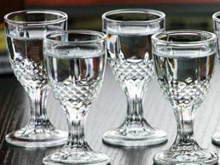 喝酒与品酒虽仅一字之差,却大有不同!