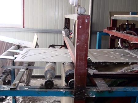 石膏板自动生产线如何判断原料的质量