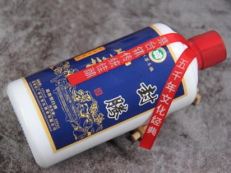 封腾酱香型白酒市场火爆的原因是什么