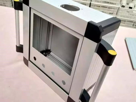 悬臂操作箱