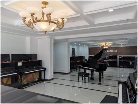 一个分店一天走6台钢琴,103彩票平台是怎么做到的?