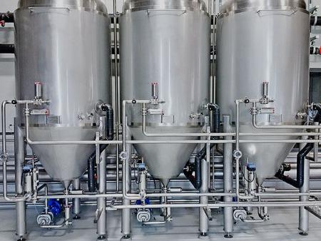购买啤酒设备时注意这些,在酿造过程中会更省心!
