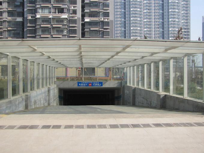 萬浩儷城車庫