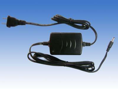 ZY-400C智能型鎳氫鎳鎘電池充電器