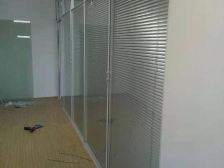 办公室隔断的方法有哪些?
