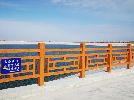 仿木水泥护栏的产品特征都有哪些?这些赶紧来看看