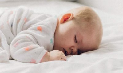 婴幼儿纸尿裤怎么穿?不漏尿有技巧!——福建育才宝贝婴童用品有限公司