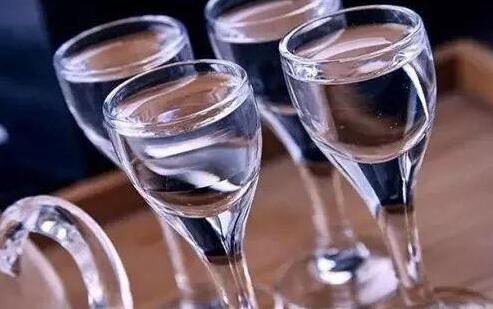 封腾原浆酱香白酒有哪些值得喝的地方