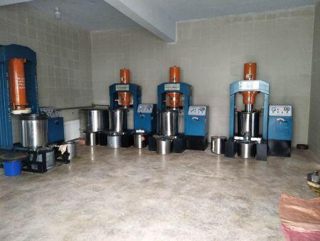 鸭板油榨油机