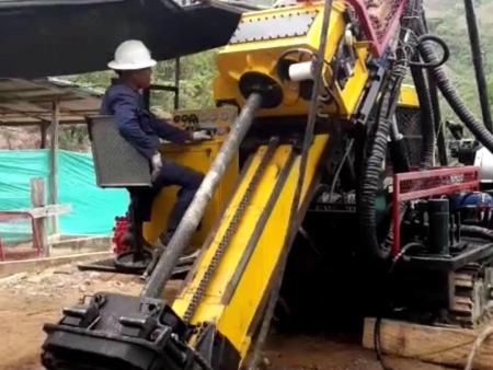 Quotation of HTYM-1800QX Crawler Hydraulic Core Drilling Rig