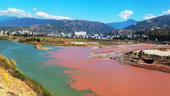 四川现阴阳河景观,画面太美了!