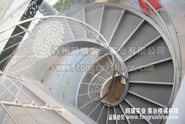 钢结构旋转楼梯 钢结构螺旋楼梯 厂家定制