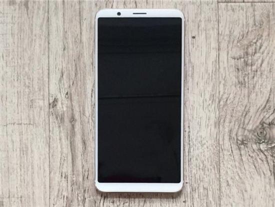 一加5T白色版手机曝光