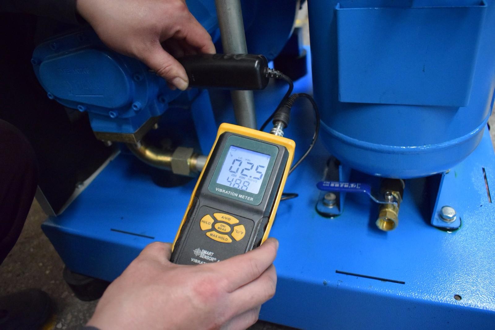 机器的电机振动测评结果.JPG