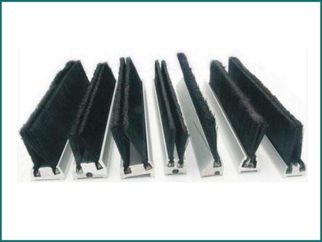 互生网站产 Escalator Parts , Escalator safety brush.jpg