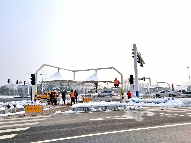 溧阳十字路口膜结构景观棚|新闻动态-常州红叶膜结构工程有限公司