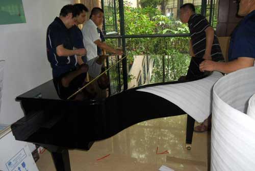 钢琴搬家要注意哪些方面_重庆搬家公司
