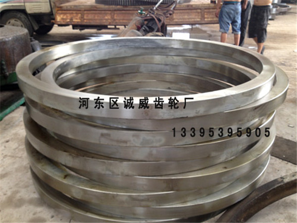 大齿轮厂家谈创业初心|行业动态-临沂市诚威齿轮厂