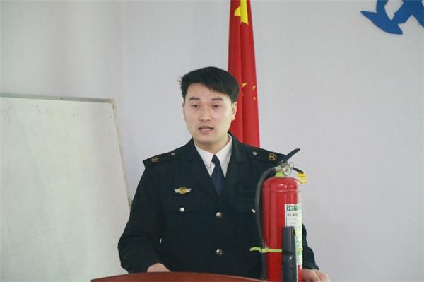 9、河南省消防知识科普教育中心金牌教官王双印~1.jpg