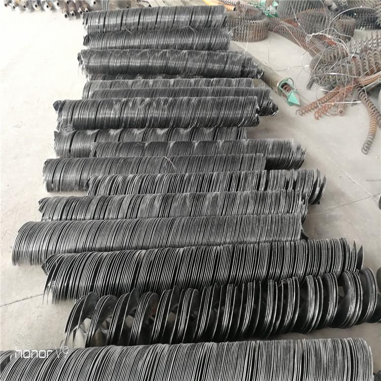 公司生产各种螺旋叶片、可以轧制出所需要的各种规格的叶片。变径变螺距螺旋叶片,绞龙,弹簧绞龙|单页-潍坊宗建机械制造有限公司