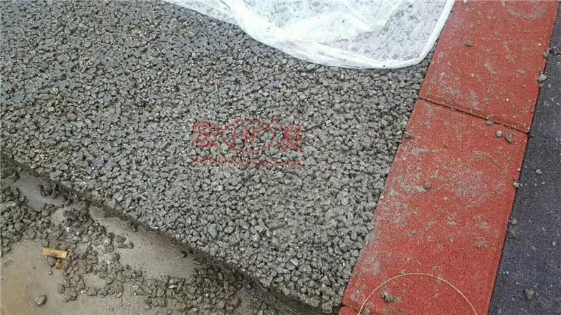 工厂内部亲做透水混凝土路面以及透水砖停车位人行道示范案例|新闻动态-广西世业昊建材有限公司