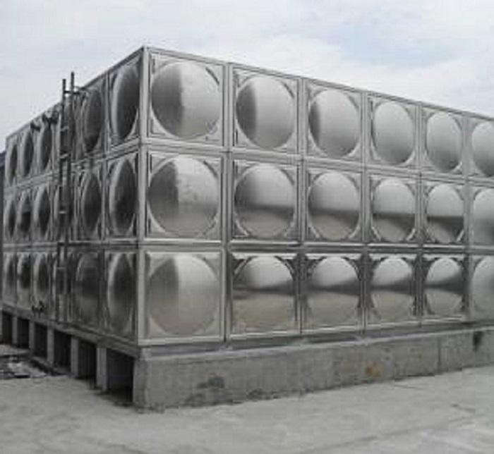 灞橋熱電廠水處理中間水箱.jpg