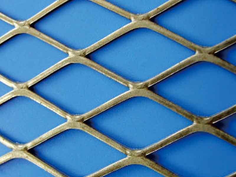 钢板网|护栏网系列-四会市华通金属筛网制品有限公司